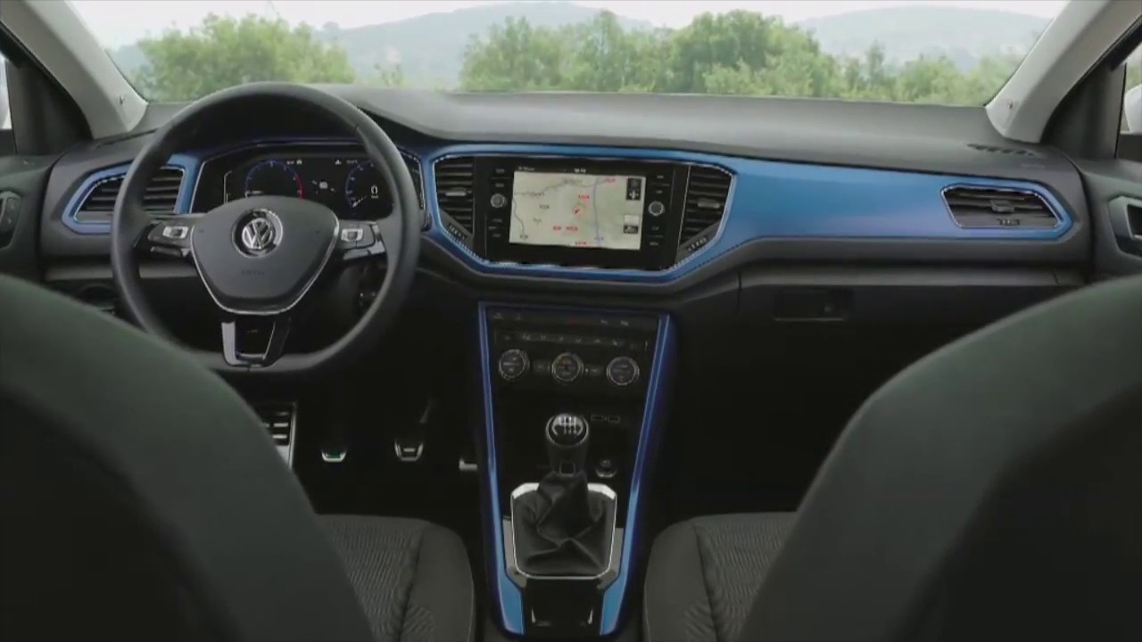 Volkswagen t roc interni youtube for T roc spazio interno