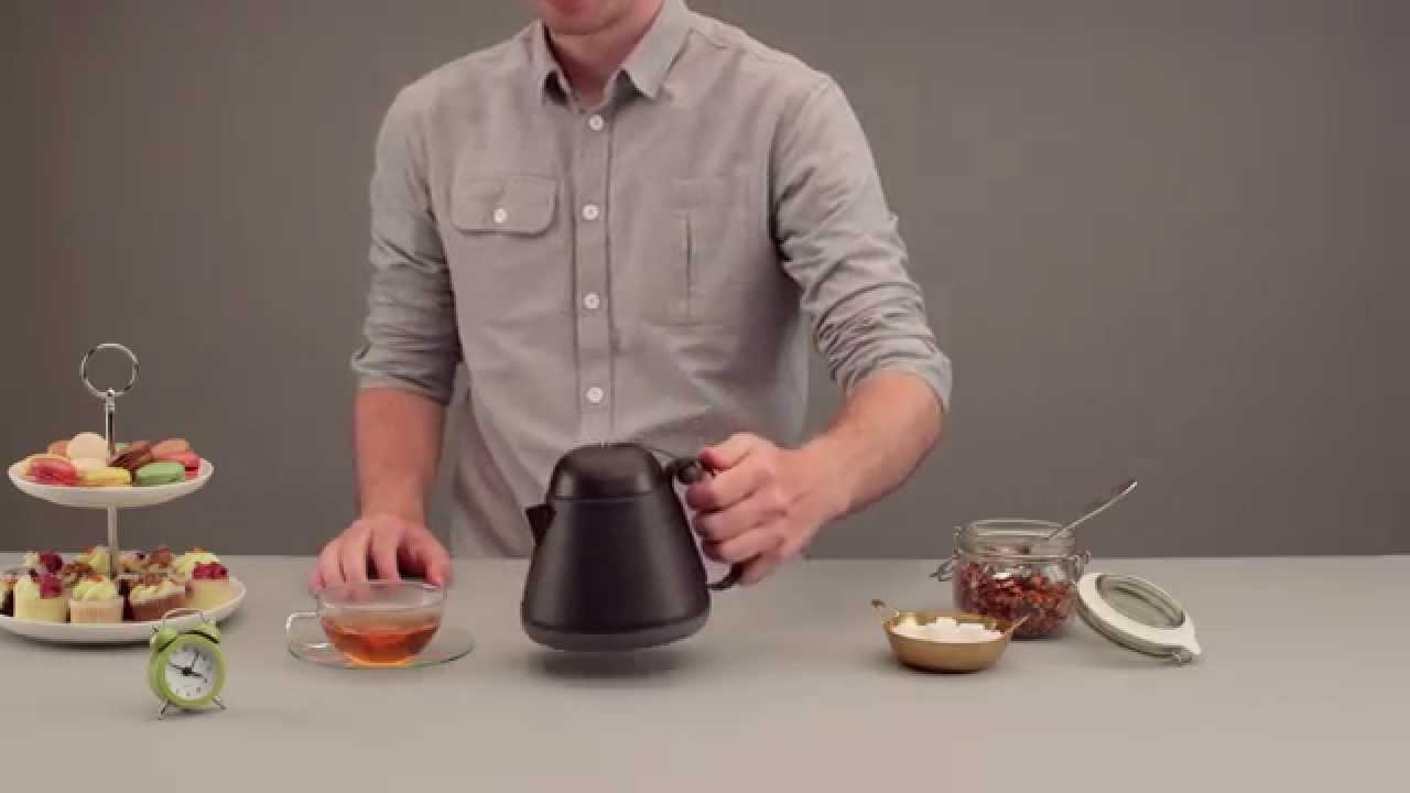 Чайник с подогревом от свечи - YouTube