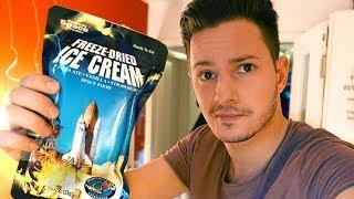 Astronauten-Nahrung probieren!