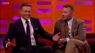 Guy Ritchie gives Charlie Hunnam the real sword from King Arthur on Graham Norton Show