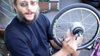 Bike Friday Rear Wheel Removal with a Shimano Alfine 8 & Nexus 8 Internally Geared Hub.AVI