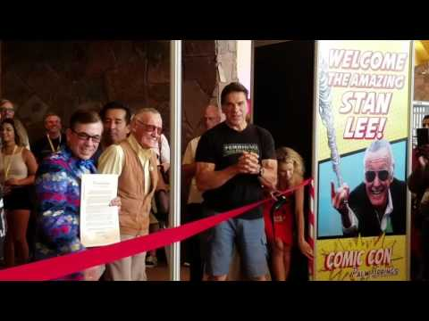 Stan Lee Ribbon Cutting, First Comic Con Palm Springs w/ Lou Ferrigno