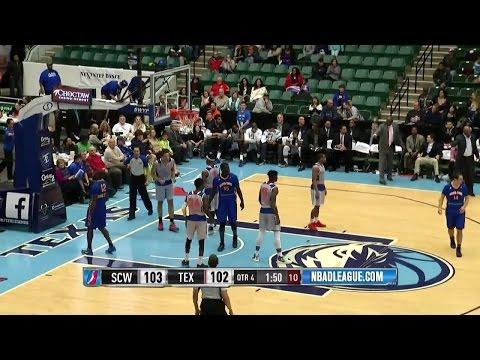 Brandon Ashley posts 30 points & 14 rebounds vs. the Warriors, 1/16/2016
