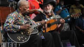 B.B.King feat. Willie Nelson - Night life