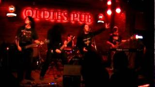 Aeon Sun - In and Above Men (Moonspell Cover) [Live @ Oldies Pub 21.03.2011]