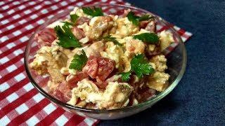 Очень простой и вкусный салат с помидором и сухариками