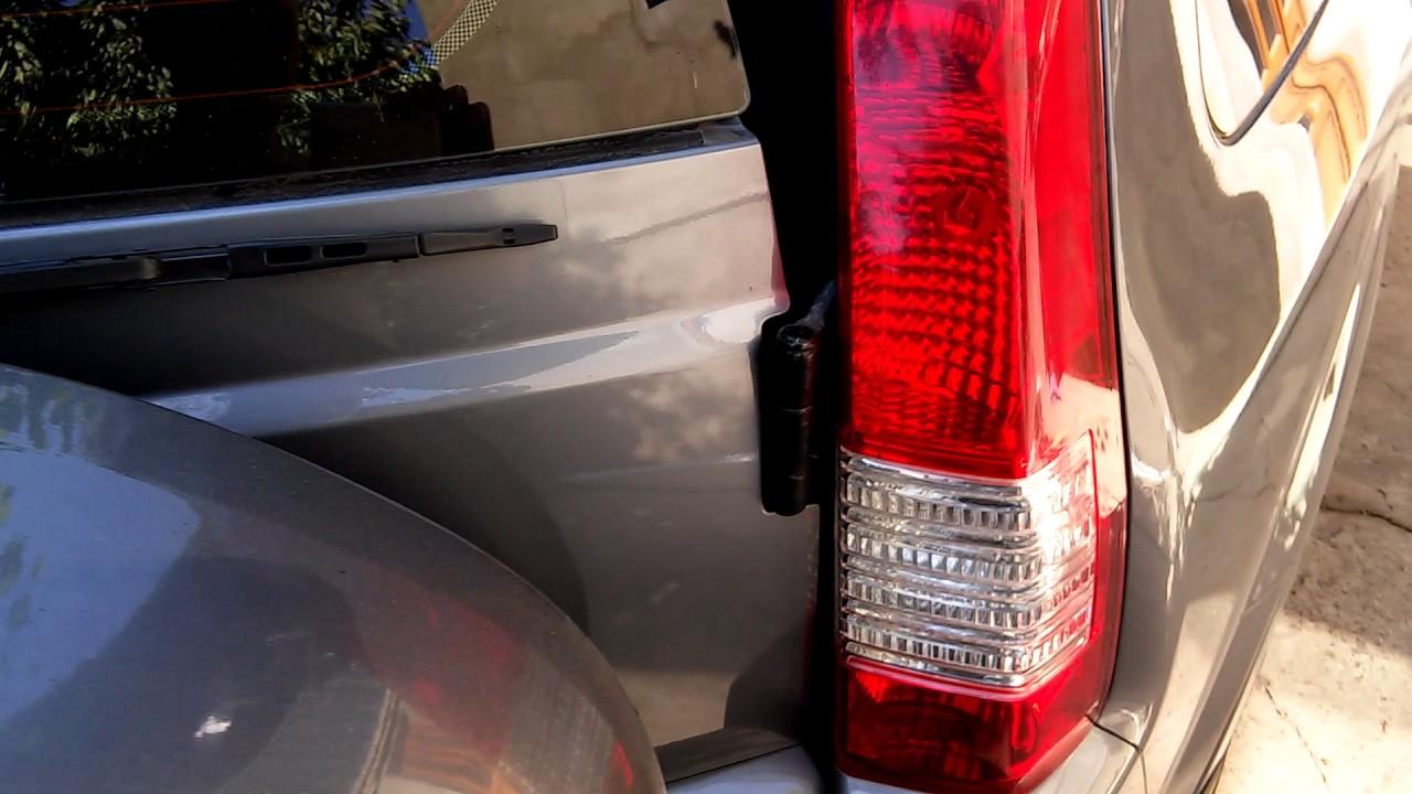 Верхняя петля задней двери Хонда срв. Ремонт.
