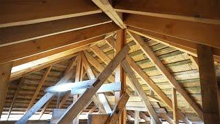 видео Стропильная система четырехскатной крыши: расчет и монтаж