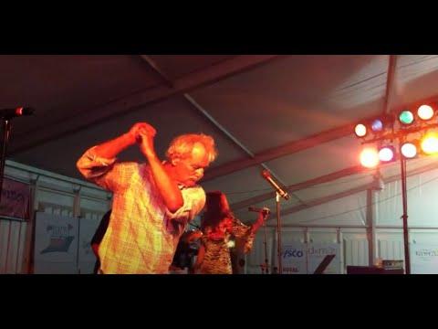 Bill Murray sings Gloria