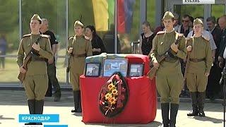 Два советских бойца отправились в последний путь