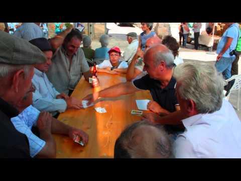 Festa do Pão 2015 em Carnicães. Jogo de cartas.
