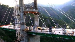 Venciendo el reto de la Sierra Madre Occidental, carretera Durango-Mazatlán
