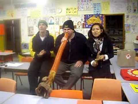 heads shoulder knees and toes in wiradjuri / aboriginal singing