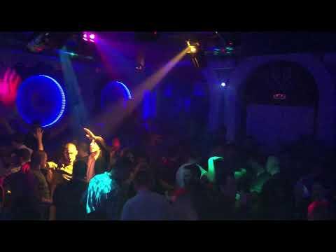 Jovana Blažić & Ki Maxi bend u Sowa night club-u