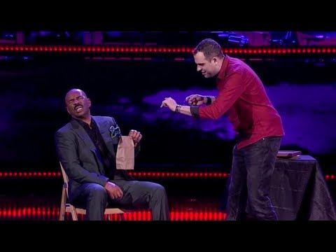 Steve Harvey gets TERRIFIED  by AMAZING mentalist | Season 1 Ep. 5 | SHOWTIME AT THE APOLLO