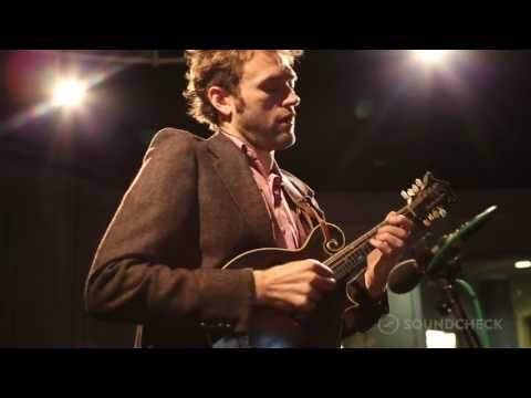 Chris Thile: Bach: 'Sonata No. 1 in G minor - IV. Presto,' Live On Soundcheck