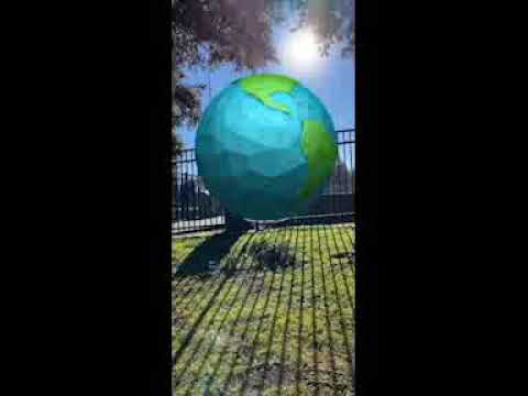 Spark AR: Little Big Earth - Instagram Effect