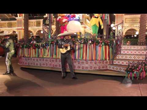 ¡Viva Navidad! A Musical Show at Disney California Adventure