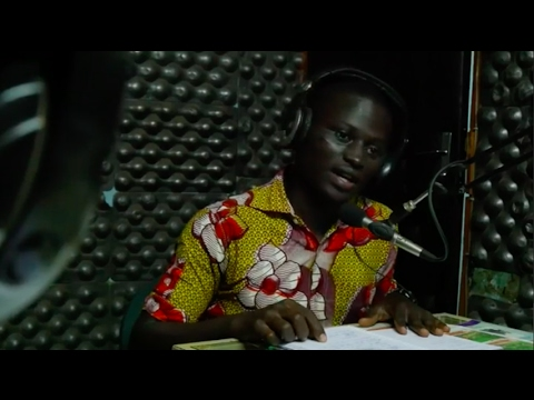 Roland's radio broadcasts elevate community dialogue in Ivory Coast