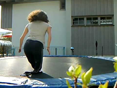 Julia[DAKHands] - trampolin 2.flv