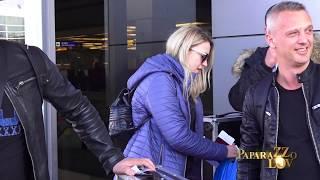 Pevačice bez šminke na aerodromu, Pejović čekao ženu satima!