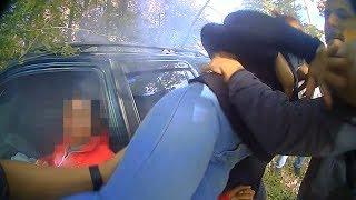 Good Samaritans rescue two women from burning car