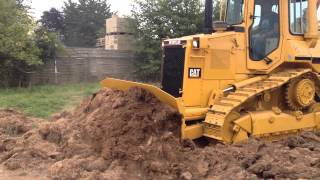 cat d4h 1994 3400 hours with ripper and 6 way blade complete new undercarriage