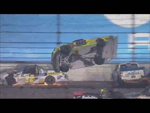 NASCAR Camping World Truck Series 2017. Daytona International Speedway. Incredible Last Laps