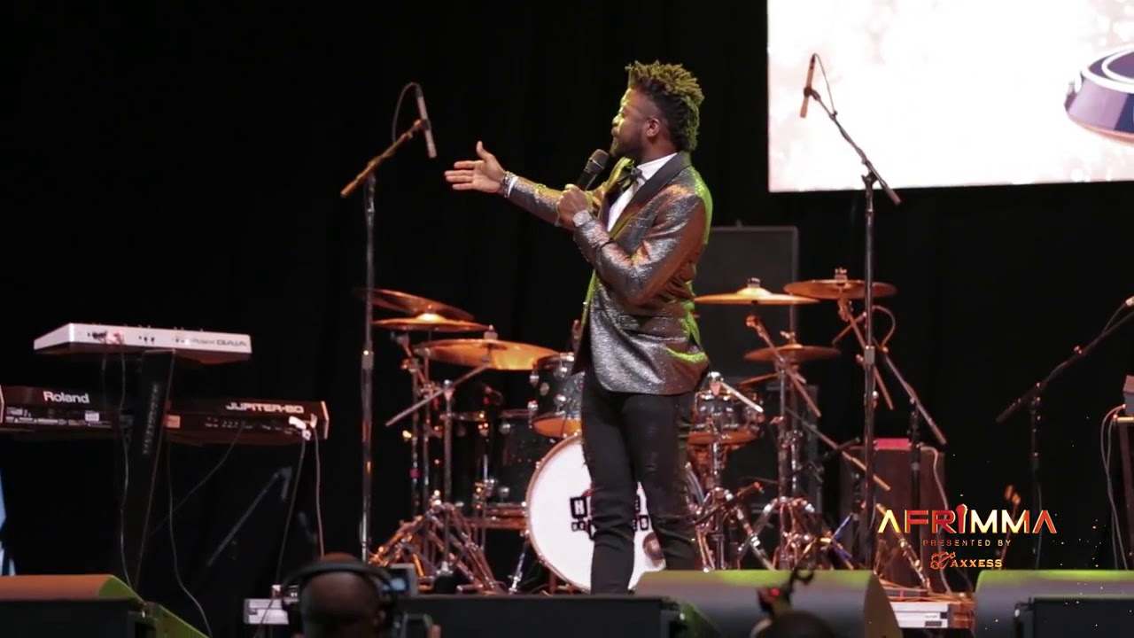Chipukeezy (Kenyan comedian) Co hosting the Afrca music award with Basket mouth.. Live in Dallas TX