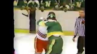 Nick Fotiu vs Brad Maxwell Jan 15, 1979