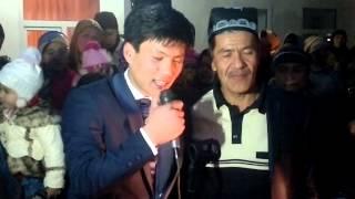 2015 Жених классно поет на свадьбе для своих родителей УЗБЕК