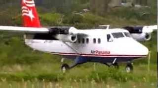 Landing Air Panama. Playon Chico. San Blas. Panama.