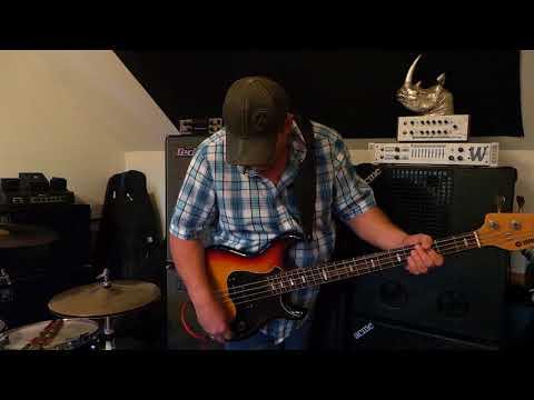 1979 Yamaha BB 1000 - Bass Guitar Demo - Andy Irvine