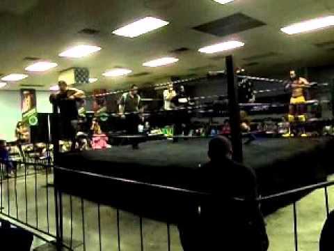 Victor Andrews/Zane Riley vs Vinnie Damoochie/Eddie Brown