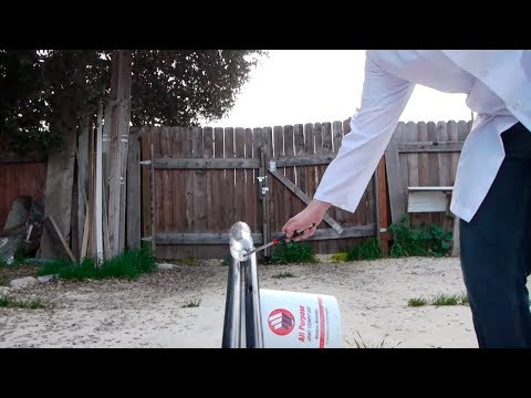 Scientific Tuesdays - Simple homemade Rockets!