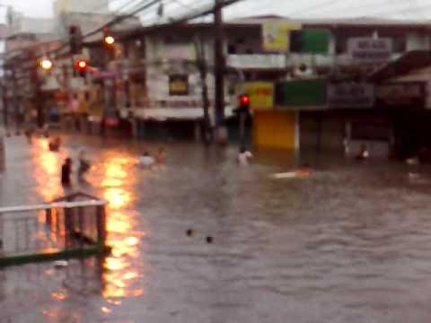 Typhoon Ondoy Hits San Juan City 4