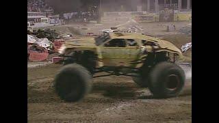 Freestyle Goldberg pt  1 Monster Jam World Finals 2001
