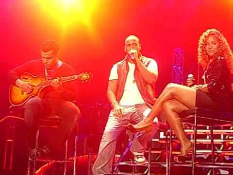 Aventura Our Song & Llorar San Diego