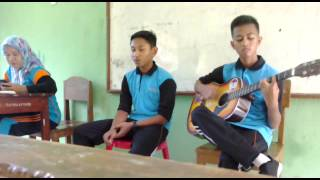 "Video Threesixty Skatepunk - Dewi ""Guitar Cover"" (By GJ & Agung) download MP3, 3GP, MP4, WEBM, AVI, FLV Maret 2018"