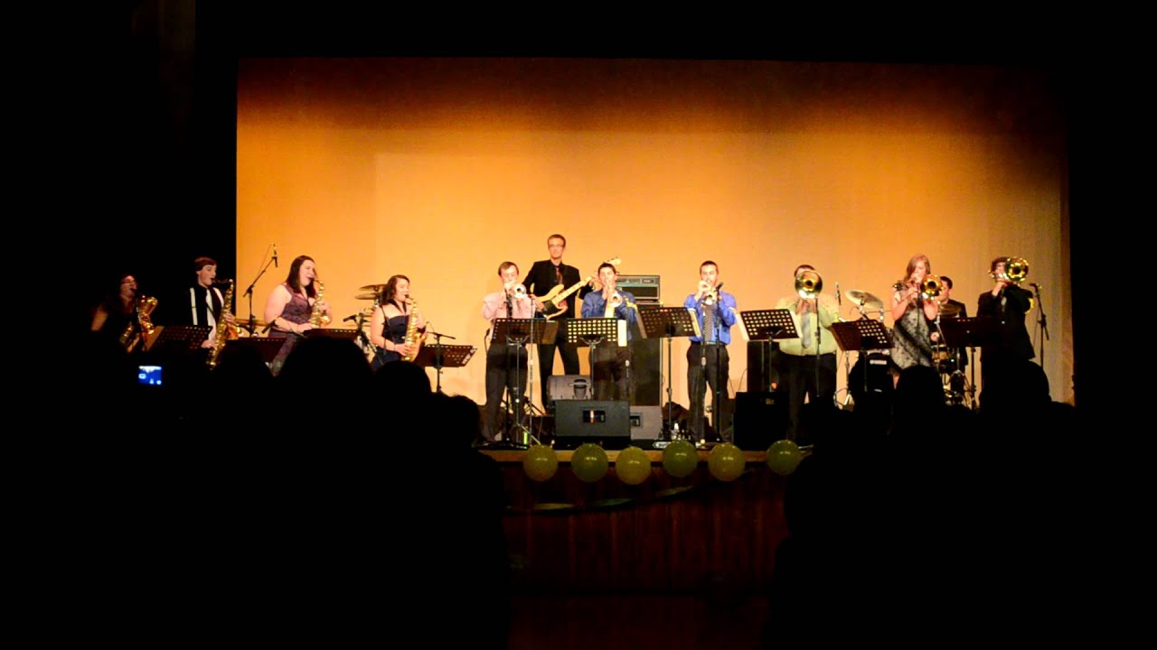 Hip to be Square -University of Oregon Yellow Garter Band ...