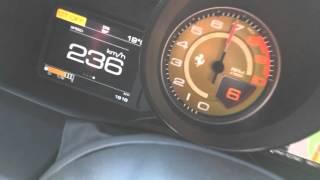 488 GTB WOT shifts 7500rpm