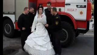 Пожарный женится!
