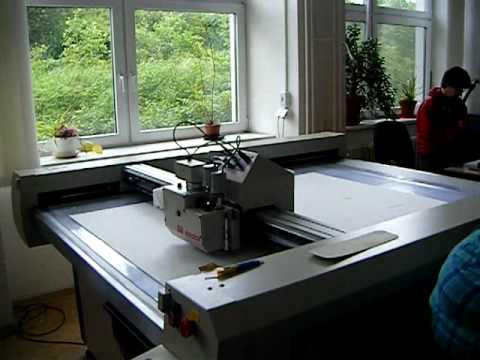 Czech National Library Central Depository - Preservation box cutter in action
