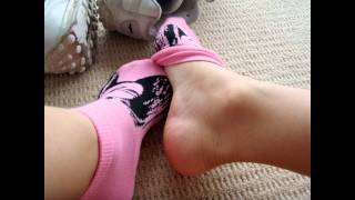 Repeat youtube video My Pink Barbie Ankle Socks & Sneakers Slideshow