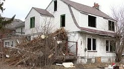 Blighted house danger near Detroit school