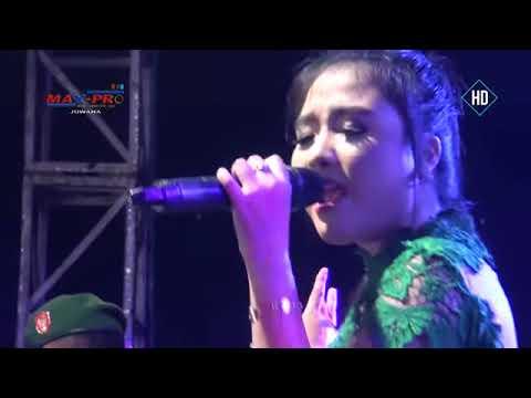 Muskurane Rere Amora MONATA LIVE PEMALANG 2017