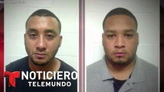 Arrestan a 2 agentes por muerte de un niño que viaja con su papá | Noticiero | Noticias Telemundo