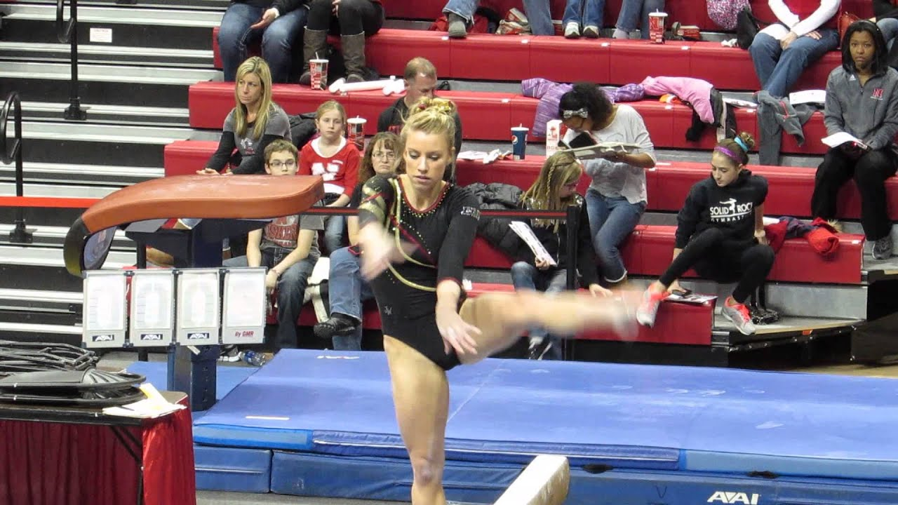 Minnesota Women's Gymnastics vrs Nebraska - YouTube