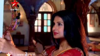 A few moments between Kumud and Saras!