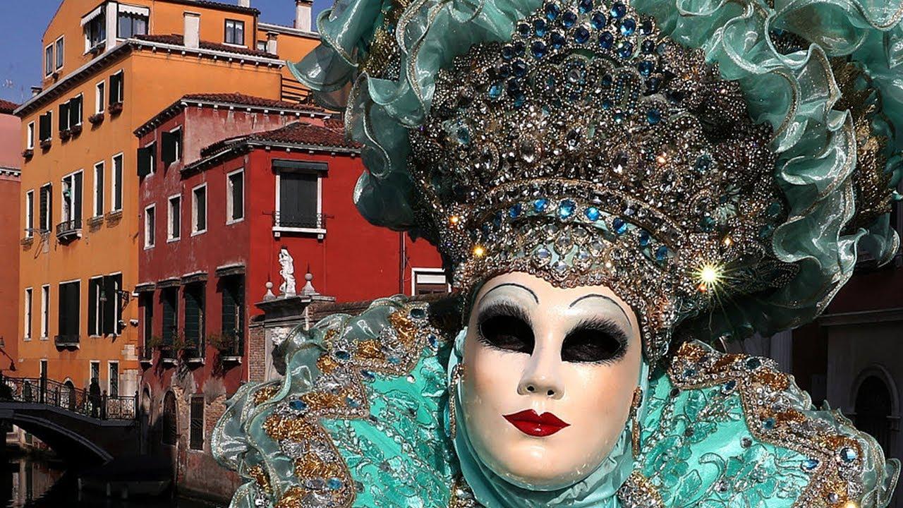 Masquerade masks, costumes highlight of 2019 Venice Carnival